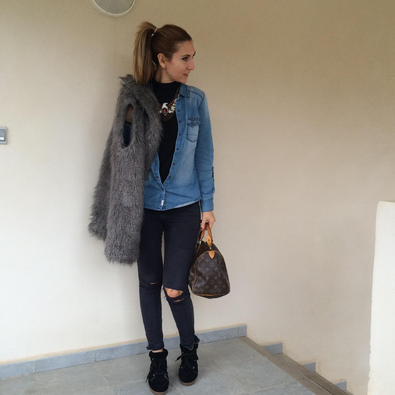 Porter la chemise en jean fashion designs - Comment porter une chemise femme ...